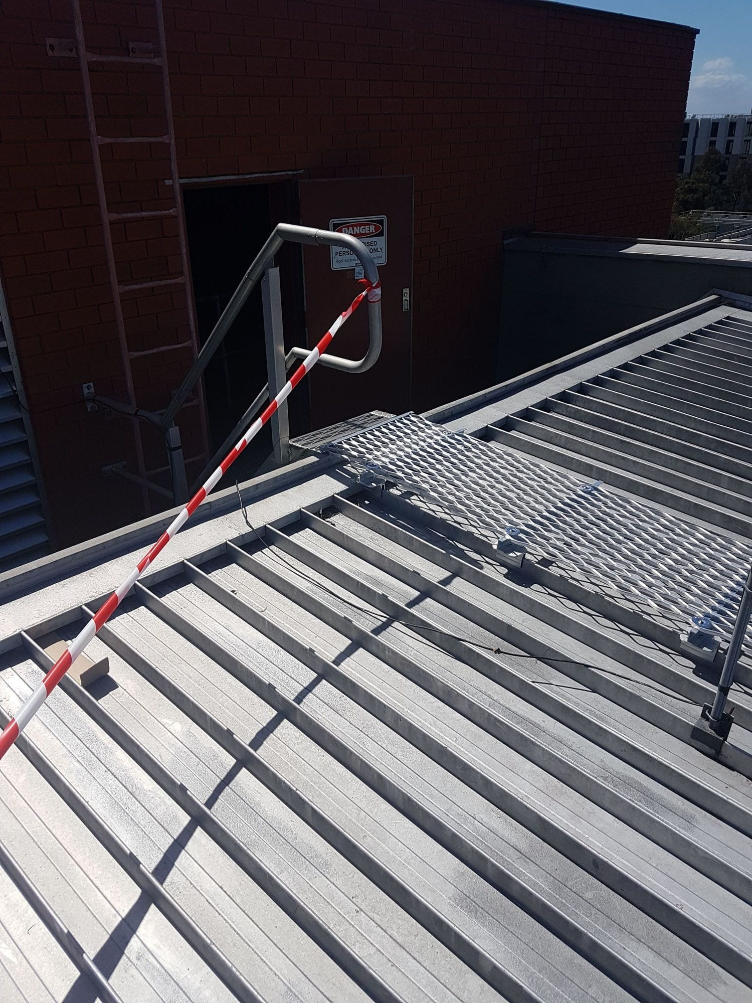 rooftop access safety system