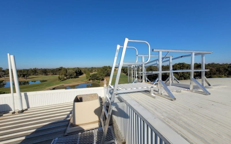 Step ladder, Guardrail and walkway - Rich River Golf 34